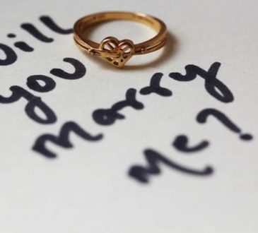 10 Tips for Planning a Proposal She'll Never Forget